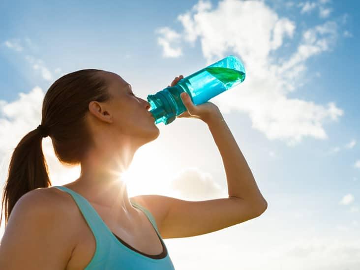 Uống nhiều nước hơn